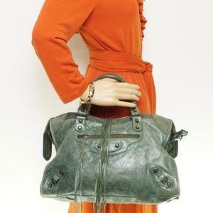 Auth Balenciaga Green Leather Bag #1076O30